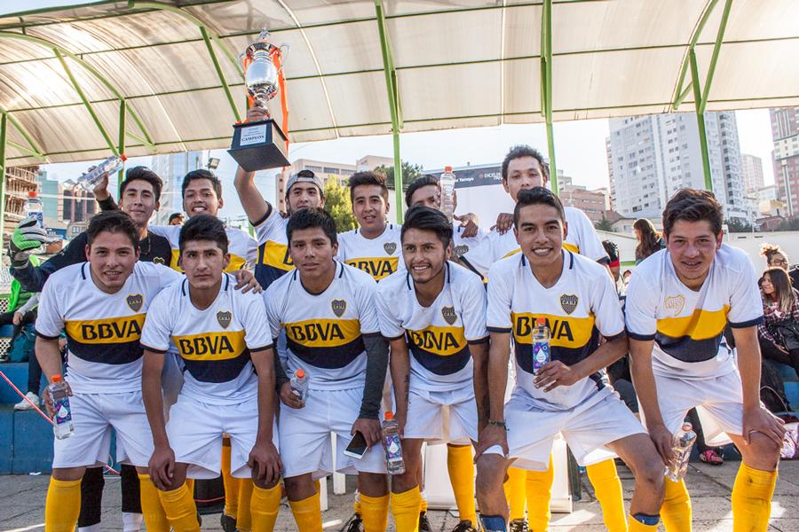 Hotelería y Turismo  Campeón  del Torneo de Fútbol 8. UNIFRANZ 1- 2017