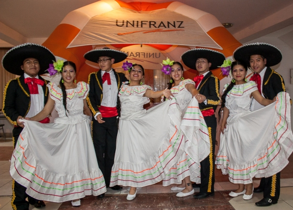 Tercer Festival de Danza Internacional Unifranz 2015