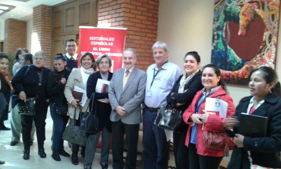 Visita de nuestras Autoridades Académicas a la presentación de Editoriales Españolas