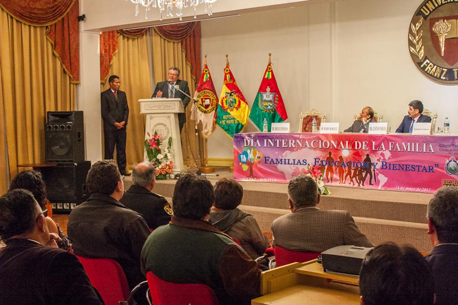 Fundación Unifranz recibió Reconocimiento por su Trayectoria, Trabajo y Aporte a las Familias Bolivianas