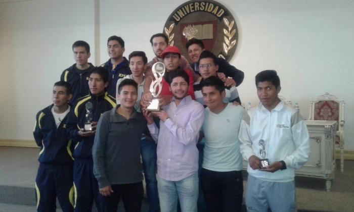 Premiación X Juegos Universitarios AMDULP 2015