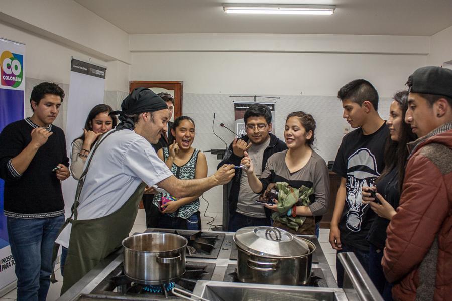 Cocina en Vivo. Gastronomía Colombiana en Unifranz