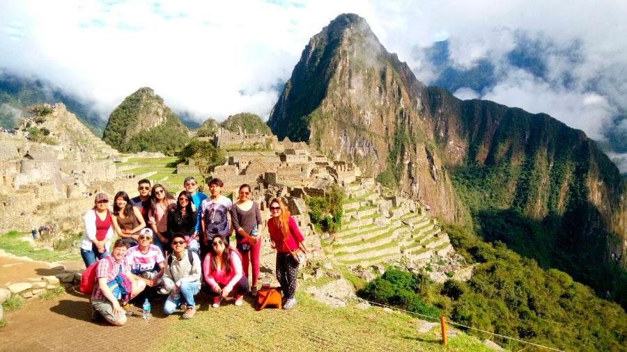 La Carrera de Administracion de Hotelería y Turismo realizó un Viaje de Estudio a la Ciudad de Cusco y Machu Picchu