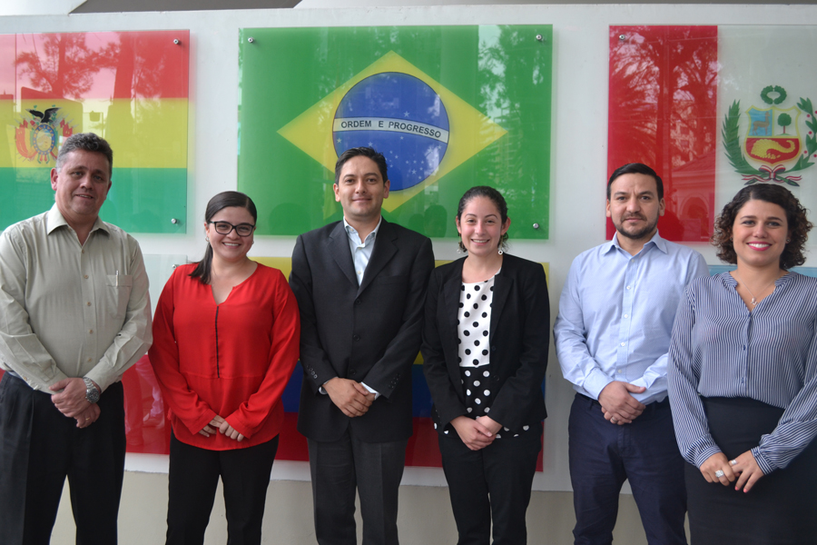 Facultad de Postgrado Unifranz e INCAE Business School construyen un Plan Estratégico