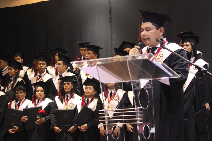 Décima Séptima Promoción de Profesionales de Unifranz, Santa Cruz