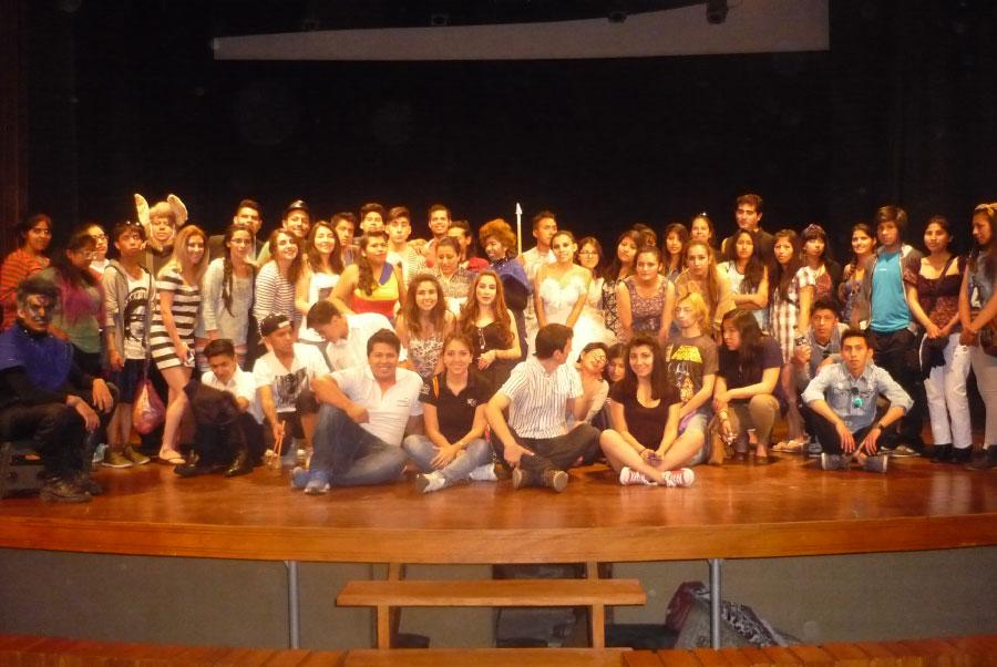 Presentación de UNIFRANZ en el III Encuentro de Escuelas de Teatro