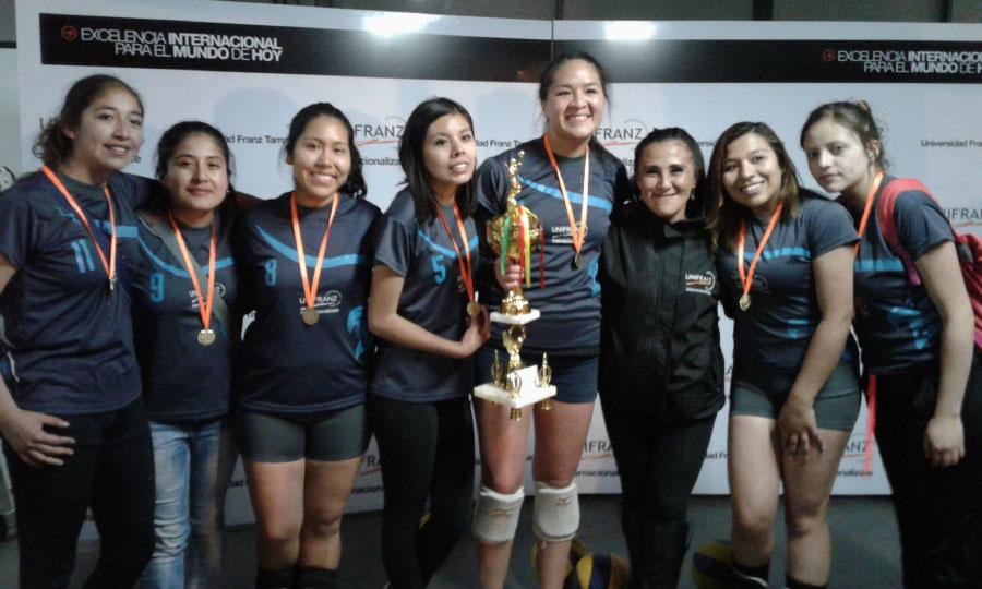 Campeones del Intersedes Unifranz 2016
