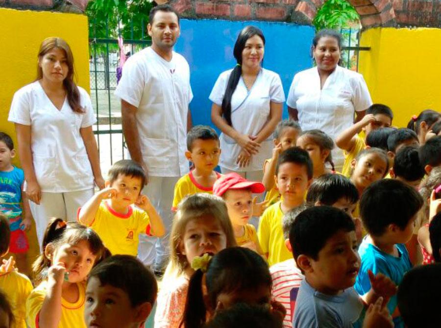 Visita de la Carrera de Odontología a la Guardería Mi Casita